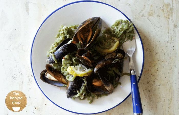 Tallarines con mejillones y salsa de anchoas – 130kcal