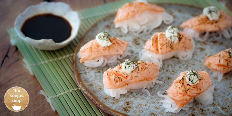 Nigiris de salmón flameados – 215kcal