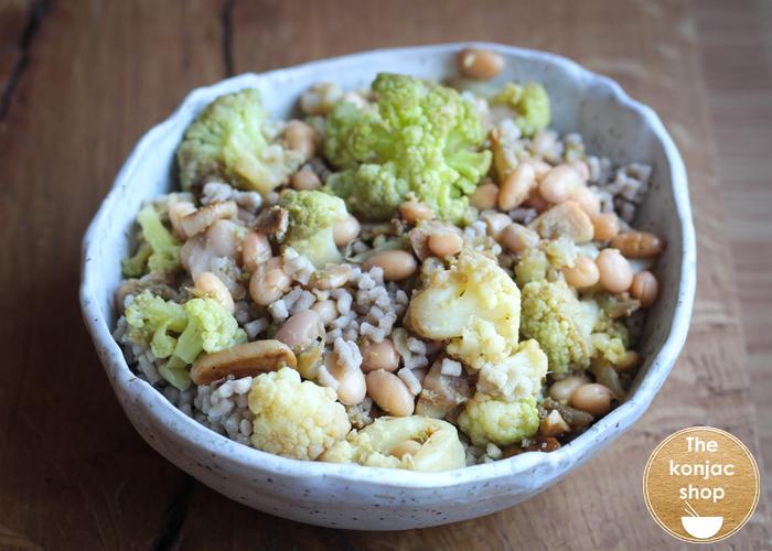 Cuscús de konjac y amaranto con alubias y brócoli – 198kcal